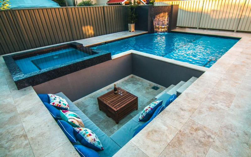 Shenton Park U2013 8×5 Geometric Pool With Fully Tiled Raised Spa,  Water Feature And Sunken Seating.
